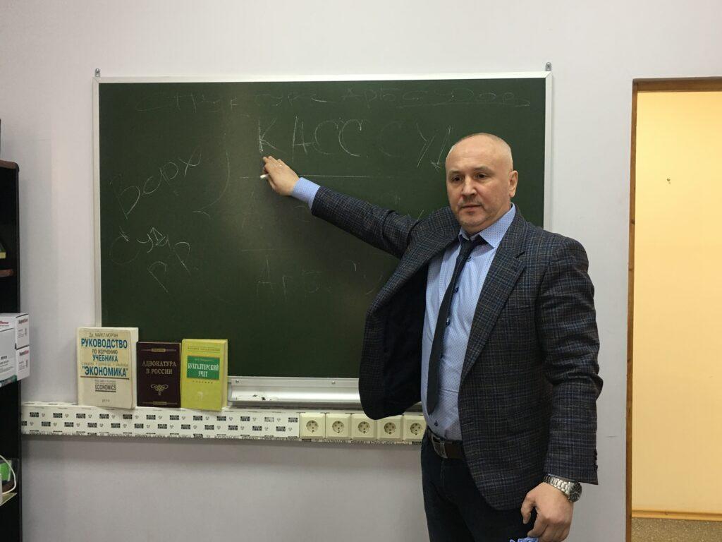 http://arbitrmos.ru/dogovornaja-pods…-reagirujut-sudy/