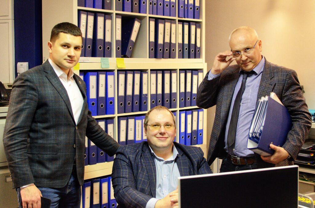Обязанность  управляющей компании  устранять  строительные дефекты крыши в МКД. Верховный Суд  РФ.